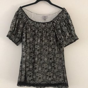 Black top in size Small
